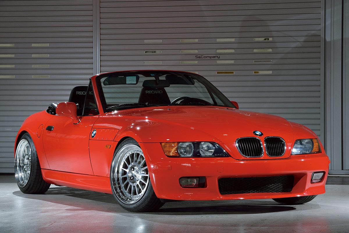 BMW Z3がベース!? 現代アレンジも取り入れた「エスカン」流の楽しみ方【ネオクラカスタム】