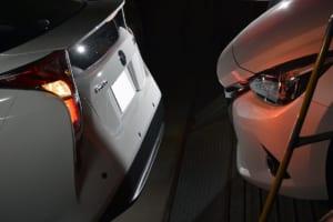 苦手な縦列駐車を克服できる! 障害物までの距離を音と光でチェック