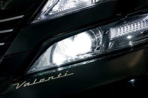 純正HIDの悩みはコレで解消!! D4SとD4Rのヘッドライトを大幅に明るくできる