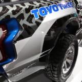 【画像】オーバーフェンダーで全幅2200mm!迫力ボディのピックアップ【東京オートサロン2018】