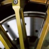 【画像】【彩で選ぶカスタムパーツ】ヴィンテージスタイルで新鮮さを作り出す「クリムソン」のホイール