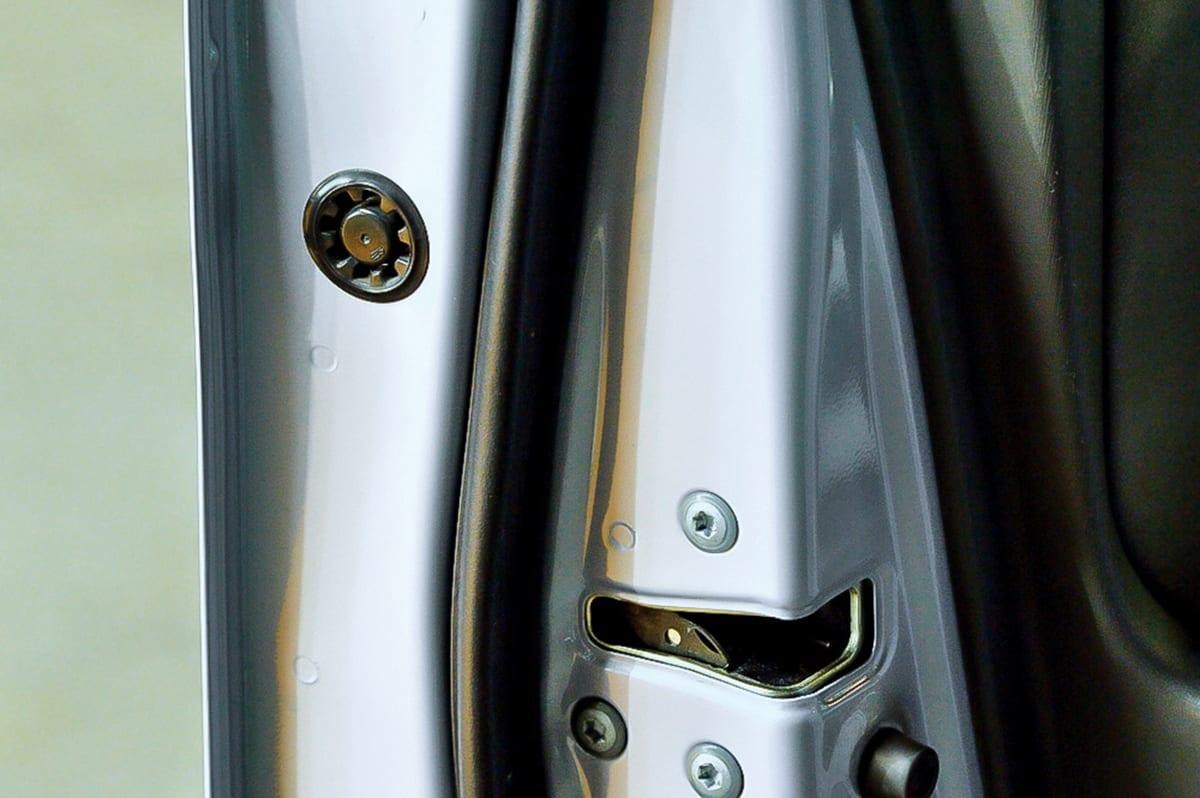 アヴァンツァーレ ドレスアップ LED ドアワーニング トヨタ
