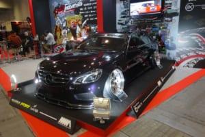 インドネシアのカスタムメーカー集団とのコラボで作るスタンス風AMG【大阪オートメッセ2018】