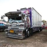 【画像】トラックスピリッツがコラボイベント開催!タイのトラッカー200台オーバーを激写!!