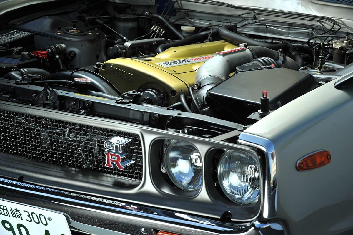 """中身はR32型、外身はケンメリ。旧車生活の概念を覆す""""スーパーGT-R""""の勇姿"""