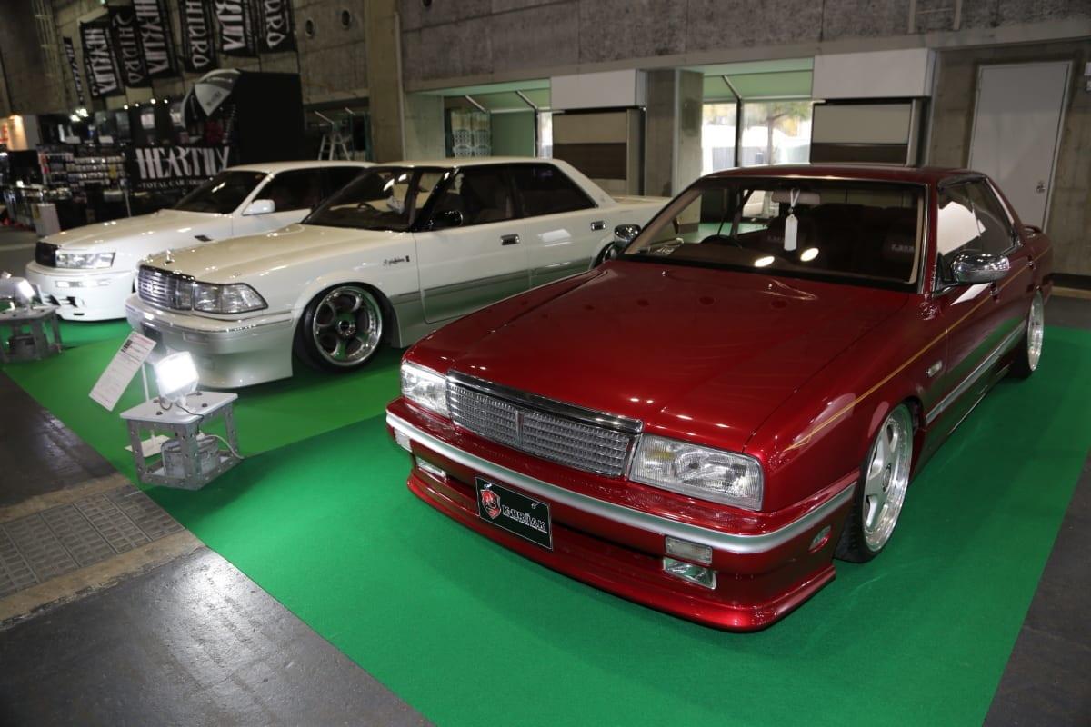 懐かしさと新鮮さを醸し出す、'80〜'90年代VIP創世記セダン×3台【大阪オートメッセ2018】