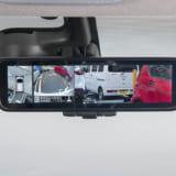 【画像】バック時の安全性を向上!リヤカメラなどの映像を大きなモニターで見られる
