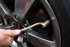 「タイヤの整備不良が2割越え」 アナタの点検頻度はどれくらい?