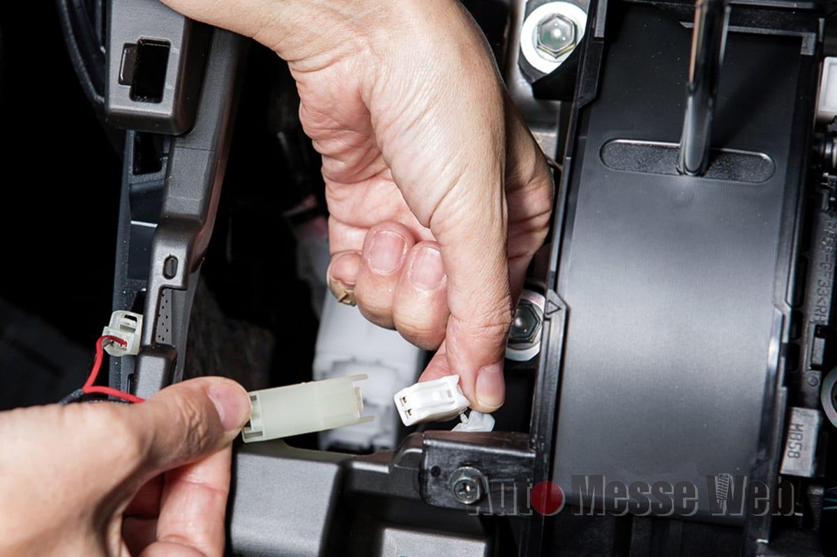 ケースペック、KSPEC、シルクブレイズ、USB充電、スマホ、USBスイッチホールカバー、トヨタ