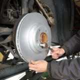 【画像】ブレーキパッドの「焼き入れ」は百害あって一利無し!正しいブレーキのナラシとは