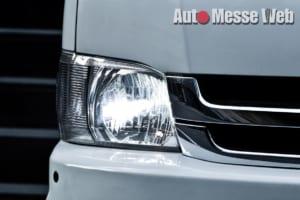 ヘッドライトに最適なLEDバルブは、ファンレス仕様で照射カラーも変更OK