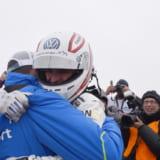 【画像】VWが電気自動車でパイクスピークヒルクライムレースの最速タイム更新!