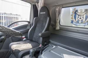 ブリッドシート「ZAOU 」 ガンバ大阪のトラック&バスに採用決定