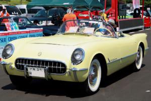 生産台数700台と希少な1955年式「シボレー・コルベット」!初のV8エンジン搭載モデルだ