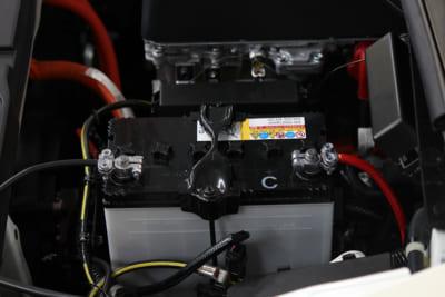 エーモン、DIY、オイル、バッテリー、メンテナンス