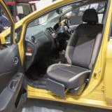 【画像】高齢者の自立を促し介護する人への負荷が少ない「助手席回転シート仕様車」