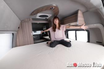 ベッドルームが完全個室化!ハイエース快適キャンピングカー
