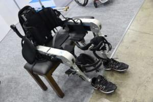 進化し続ける下半身麻痺の方の歩行再建装着型ロボット
