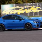 【画像】WRX&レヴォーグのチューニングカーを 新井敏弘がサーキットでテスト