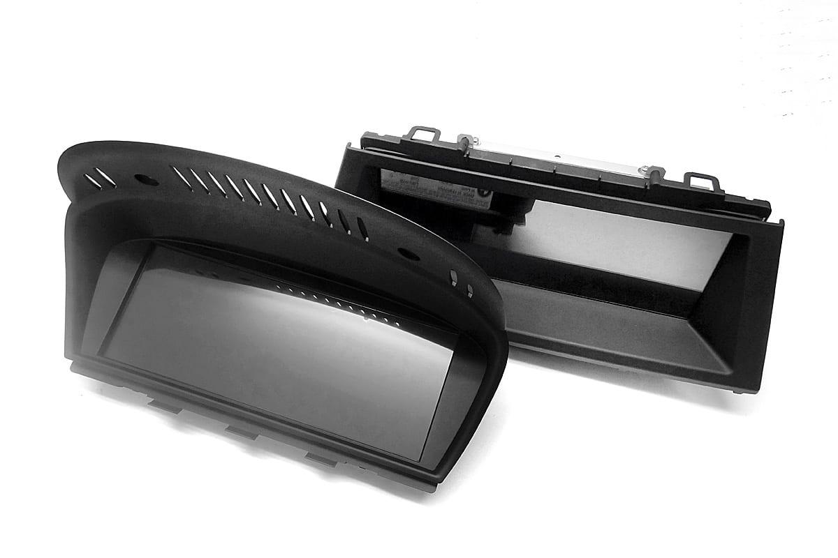 BMW「第1世代iDrive」モデル用の高精細モニターはタッチパネル搭載