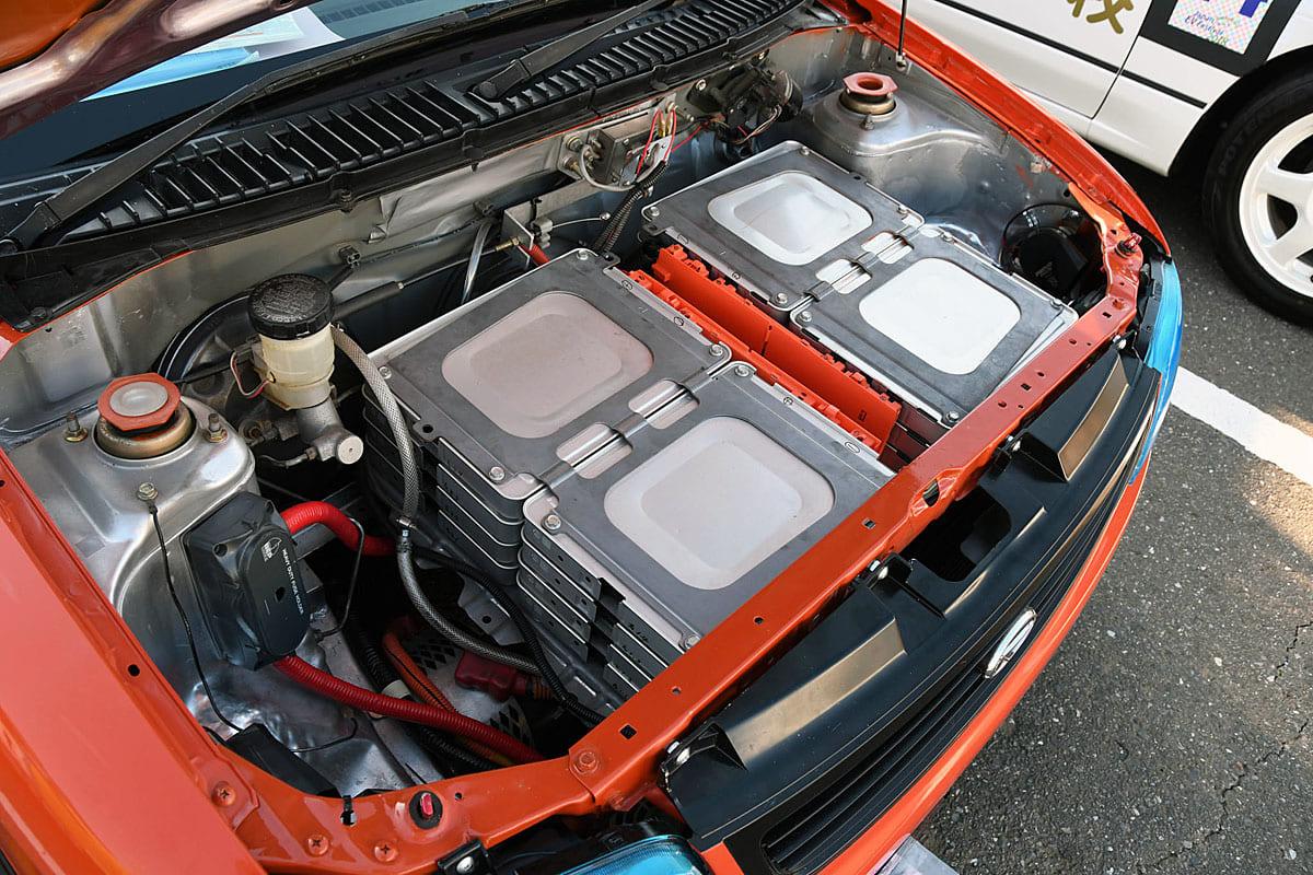斬新な発想が満点!エンジンからモーターに乗せ換えた電気自動車13モデル