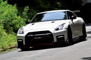 【試乗】日産GT-R NISMO専用「900万円の後付けパッケージ」の実力はいかに