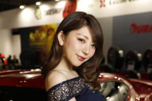 華麗なる美女が勢揃い「東京オートサロンのキャンギャル画像集・その1」