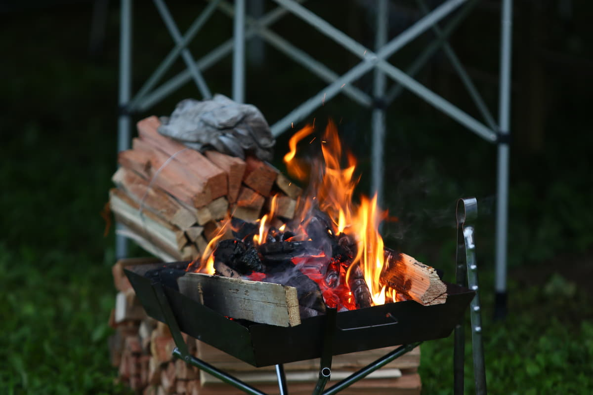 焚き火台を使った焚き火のルールとマナー