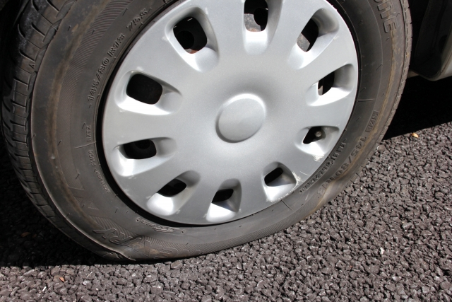 パンク タイヤ