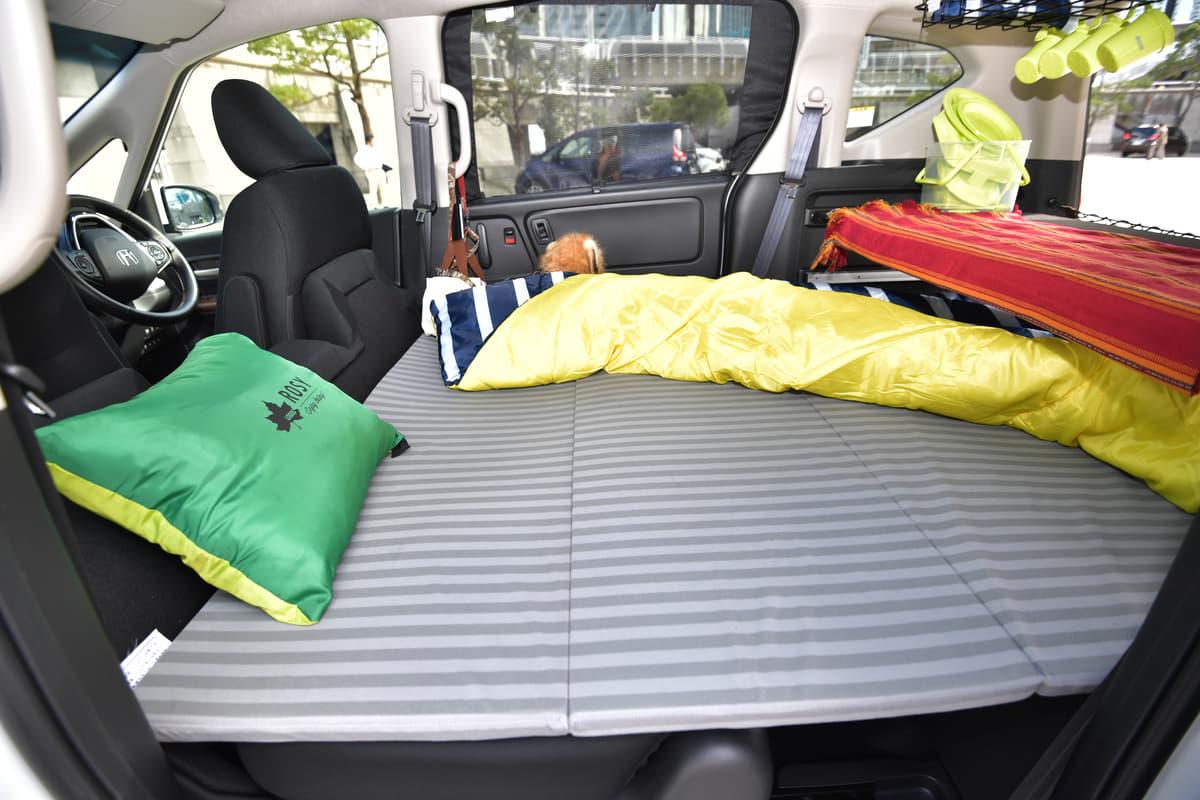 車中泊に必要なクルマの条件
