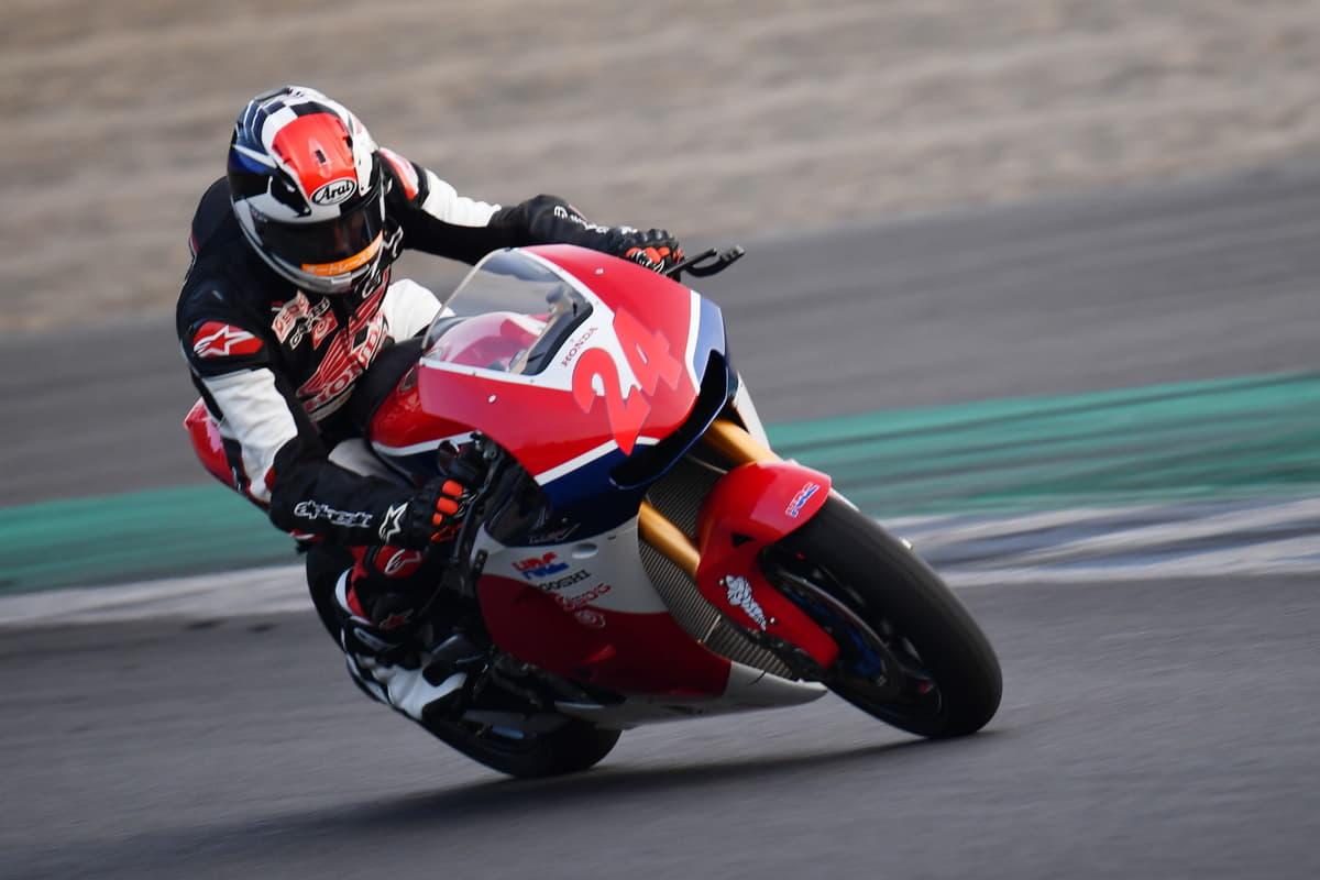 クルマとバイク、どっちが速い? 青木拓磨選手が出した答えとは