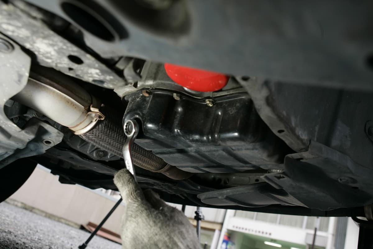 旧車オーナーがいますぐチェックすべき整備項目10つ