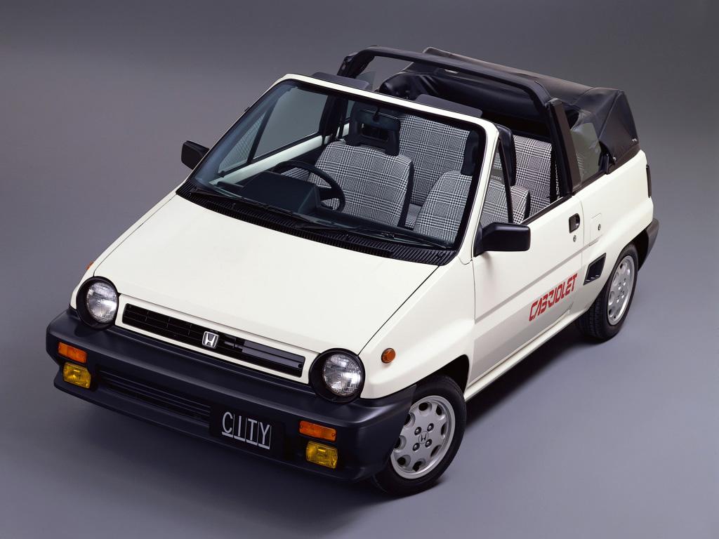 国産自動車メーカー自らが製作したカスタムカーは、オープン、スポーツ、クラシカルなど多種にわたる希少価値なクルマだった