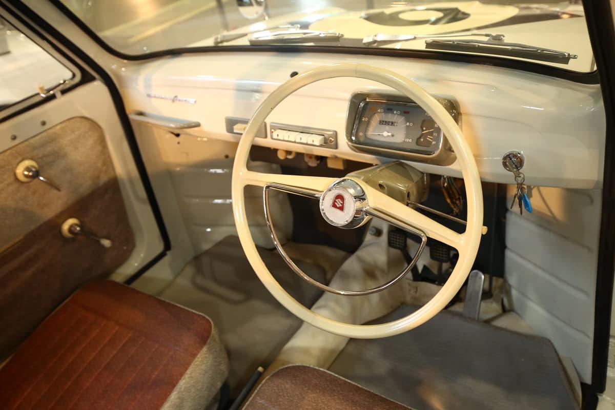 創立100周年を迎えたスズキにはスズライト、ジムニー、アルト、アルトワークス、エスクード、カプチーノ、ワゴンR、スイフトと名車が続く