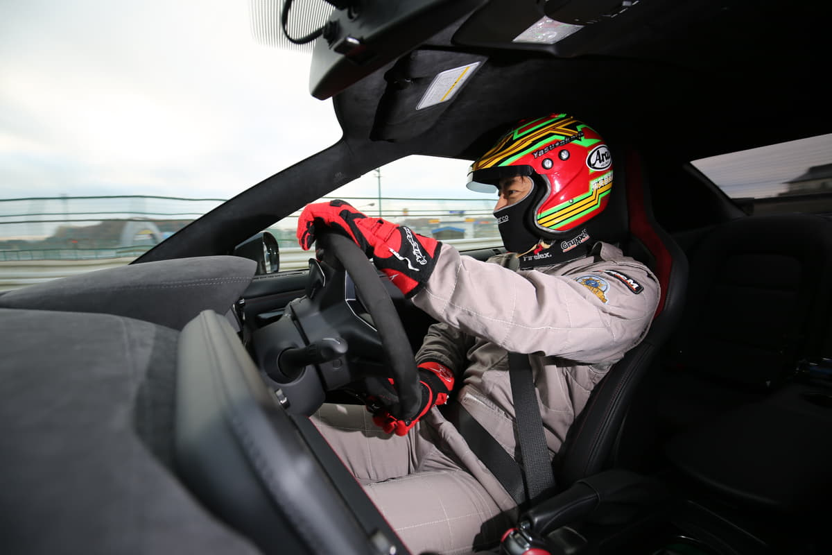 AT車でサーキットを走る時の注意点と運転のセオリーとは