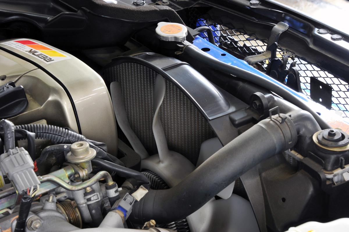 クルマも熱中症の危険! 夏のスポーツ走行時に最悪のエンジンブローを防ぐ「冷却対策」7つ