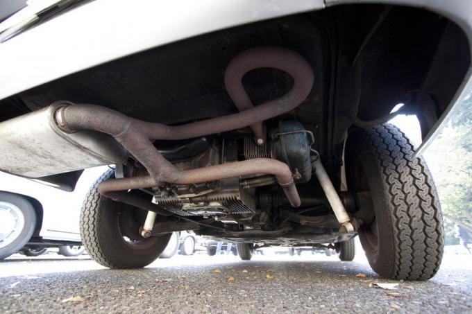 年式ごとに基準が異なる旧車の車検! 不適合になりがちな6項目とその対策方法とは