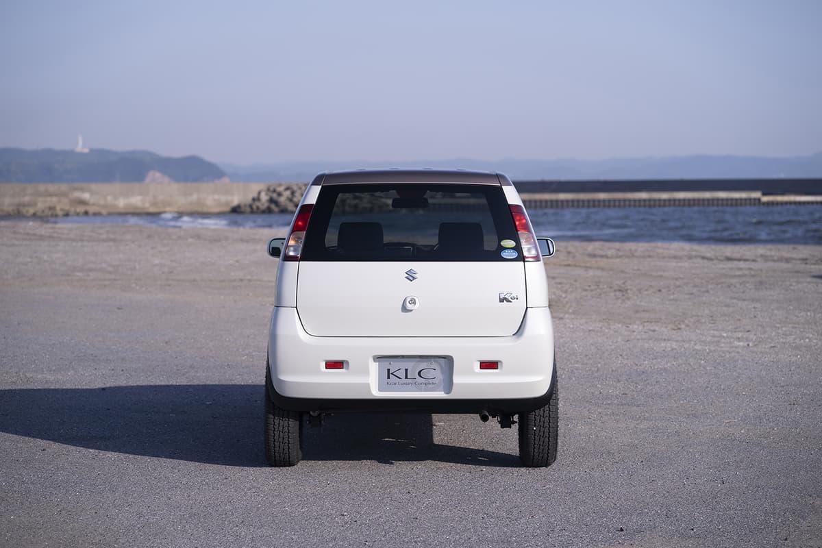 リアから見たKei。3点リンク式の割には車高が変わっても変化を感じにくい
