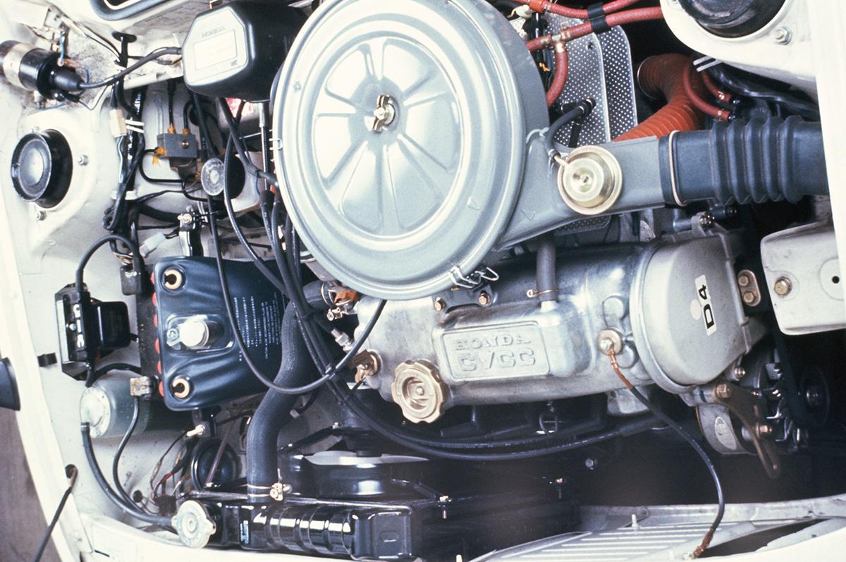 マスキー法をクリアするシビックのCVCCエンジン