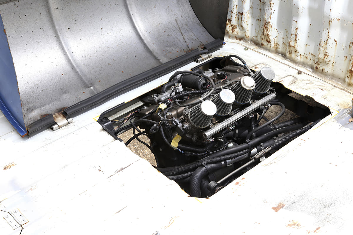 カワサキ ニンジャZX-12Rのエンジンを軽トラに移植