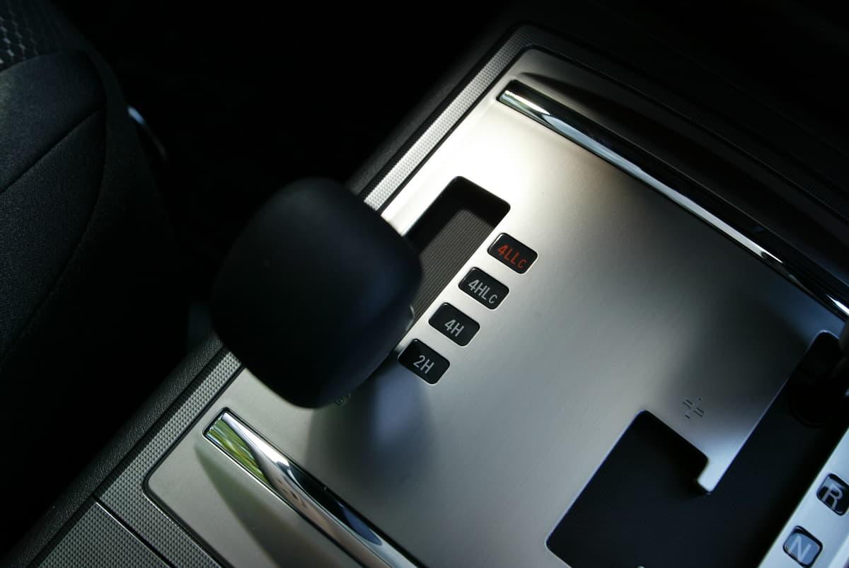 クルマの4WD駆動システムも時代を経てパートタイム、フルタイム、オンデマンド、トルクスプリット、電動と様々ある