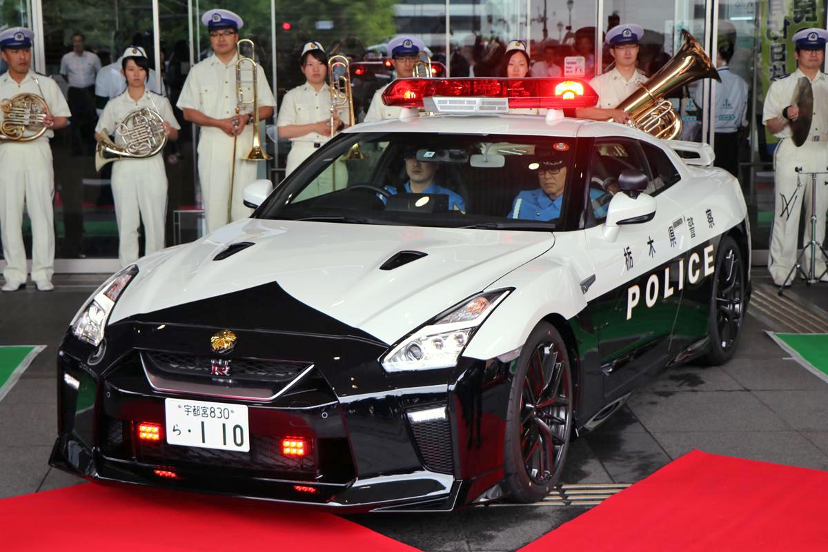 栃木県警のR35 GT-R